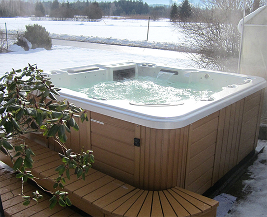 hot tub in cold winter